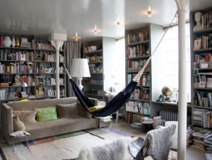 reading-hammock